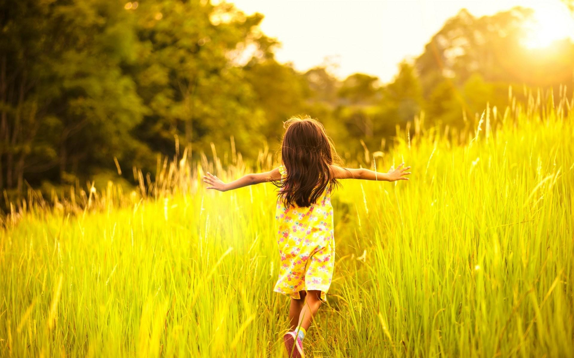 girl-kid-summer-field-mood-1080p-wallpaper